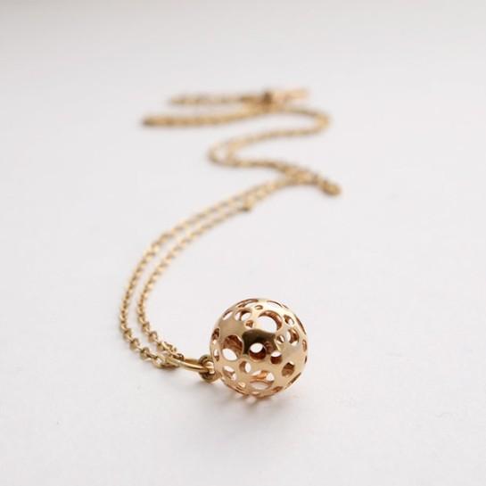 liisa vitali gold necklace